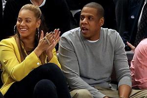 Πιο ερωτευμένοι από ποτέ Beyonce κα Jay-Z