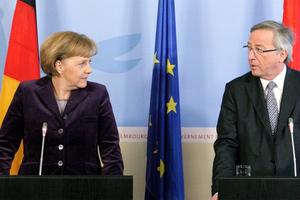 Γιούνκερ για Μέρκελ: Η ιστορία θα τη δικαιώσει για τη διαχείριση του προσφυγικού