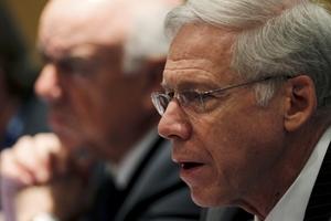 «Oι ΗΠΑ πρέπει να διευθετήσουν το δημόσιο χρέος τους»