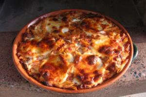 Μακαρόνια φούρνου με τρία τυριά
