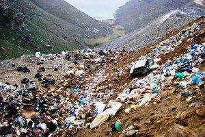 Υγειονομική βόμβα τα σκουπίδια στην Άνδρο