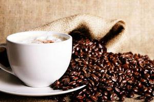 Η κατανάλωση καφέ μειώνει τον κίνδυνο τροχαίου