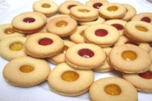 Γεμιστά μπισκότα με μαρμελάδα