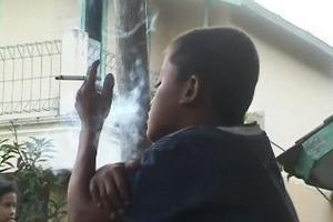 Οκτάχρονος εθισμένος στη νικοτίνη