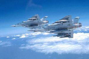 Μαχητικά Μirage 2000 παρακολουθούσαν τούρκικη φρεγάτα