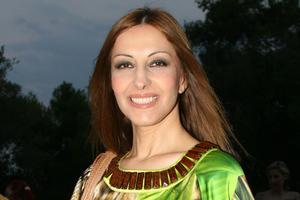Η Άντζυ Σαμίου κατακεραυνώνει τη Λαίδη Άντζελα: «Θλιβερό και αστείο»