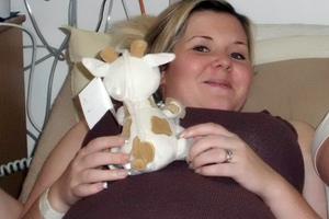 Έξι εβδομάδες... ανάποδα για να σώσει το αγέννητο μωρό της