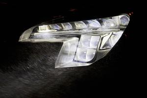 Νέο σύστημα LED φωτισμού από την Opel