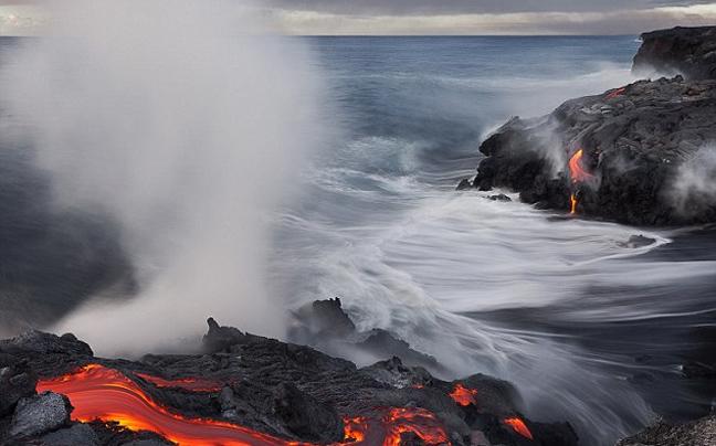 ifaisteia7 ΔΕΙΤΕ: Απίστευτες φωτογραφίες από το πιο ενεργό ηφαίστειο του κόσμου!