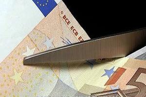 Περικοπές δαπανών 7,5 δισ. ευρώ το 2013 προβλέπει το κυβερνητικό σχέδιο