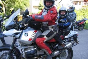 Συνεπιβάτης στην μοτοσυκλέτα ετών 5;