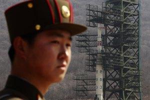 Η Βόρεια Κορέα παρακάμπτει τις κυρώσεις του ΟΗΕ διευκολύνοντας το παράνομο εμπόριο όπλων
