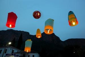 Πάσχα με αερόστατα στο Λεωνίδιο