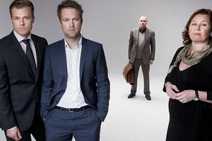 Ποζάρουν σαν ηθοποιοί οι δικηγόροι του Μπρέιβικ