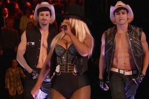 Η «ζουμερή» σιλουέτα της Christina Aguilera