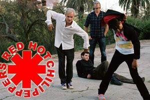 Στη σκηνή με τους Red Hot Chili Peppers