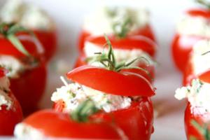 Γεμιστές ντομάτες με φέτα
