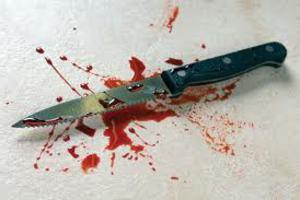 Χούλιγκανς μαχαίρωσαν 15χρονο στα Καμίνια