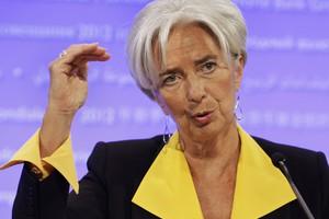 Χαλαρή νομισματική πολιτική ζητά η Λαγκάρντ από την ΕΚΤ