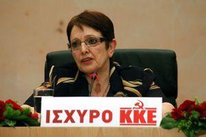 Αφήνει το τιμόνι του ΚΚΕ η Αλέκα Παπαρήγα