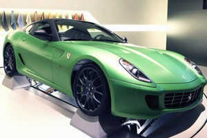 Το «πράσινο» υβριδικό μοντέλο της Ferrari