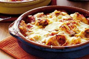 Ριγκατόνι με σάλτσα κιμά