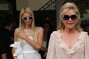 Ένας «Άγγελος» στα λευκά η Paris Hilton