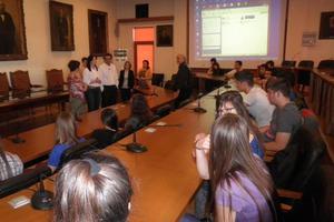 Συνεδρίαση δημοτικού συμβουλίου από μαθητές στα Χανιά
