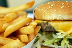 Τα λιπαρά στη διατροφή μας την καλοκαιρινή περίοδο