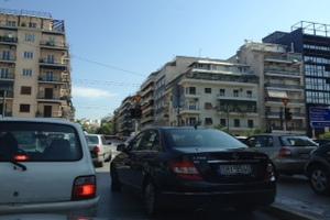 Κυκλοφοριακό κομφούζιο στο κέντρο της Αθήνας