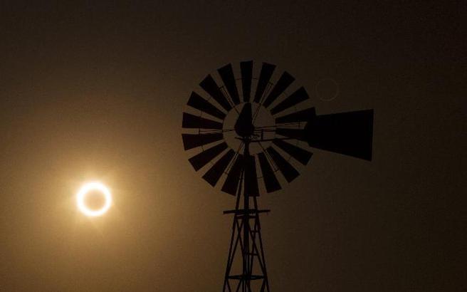 Αντίστροφη μέτρηση για την ολική έκλειψη Ηλίου στις 21 Αυγούστου