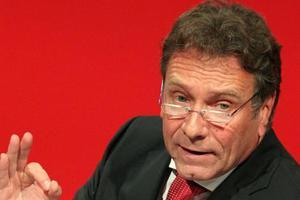 Η γερμανική Αριστερά εμπιστεύεται τον Α.Τσίπρα