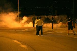 Νέα ένταση μεταξύ νεαρών και αστυνομίας στην Πάτρα