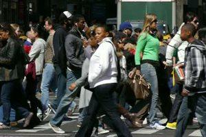 Οι Αμερικανοί ρίχνουν τα τείχη των γυναικείων επαγγελμάτων