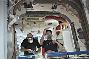 Έξι εθελοντές της NASA βγήκαν από το «σπίτι» τους στη Χαβάη