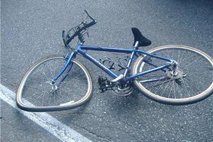 Ποδηλάτης σκοτώθηκε στη διάρκεια αγώνα