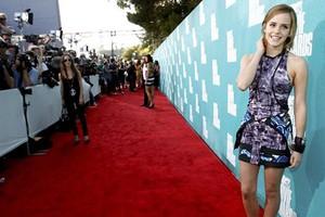 Με μίνι φόρεμα στα κινηματογραφικά βραβεία MTV