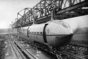 Ο «αιωρούμενος» σιδηρόδρομος της Σκωτίας