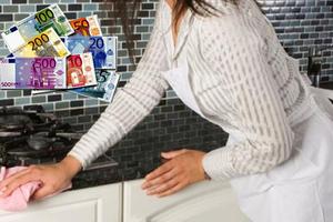 Πώς η οικιακή βοηθός «έγδυσε» τον επιχειρηματία