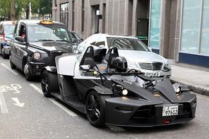 Το… Batmobile στους δρόμους του Λονδίνου