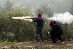 Έτοιμοι για πόλεμο Ισπανοί ανθρακωρύχοι