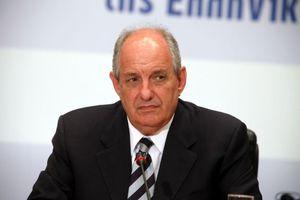«Να λογοδοτήσει για το μνημόνιο η κυβέρνηση Παπανδρέου»