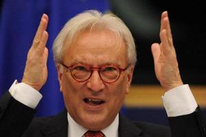Υπέρ της μείωσης του χρέους της Ελλάδας ο Χάνες Σβόμποντα
