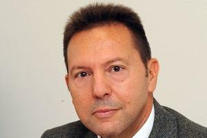 «Ο Γιάννης Στουρνάρας είναι ο ροκ σταρ των οικονομολόγων»