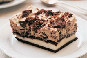 Σάντουιτς παγωτό με μους σοκολάτας