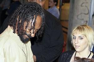 «Μπλεξίματα» για τον Snoop Dogg