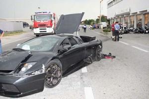 O «εξολοθρευτής» με τη Lamborghini