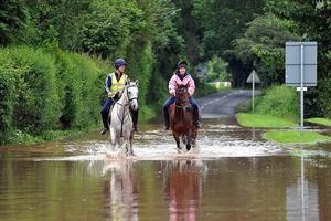 Βροχές για ρεκόρ στη Βρετανία