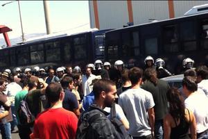 Κλείνουν την Αθηνών-Κορίνθου οι εργαζόμενοι στη Χαλυβουργική