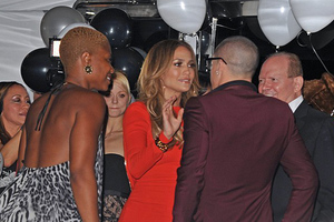 Πάρτι-έκπληξη για τα γενέθλια της Jennifer Lopez